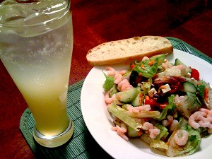 Romaine Greek salad, wild-caught salmon and lemonade with vodka (Photo - Dan Jones)